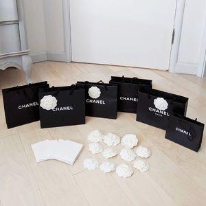 Chanel shopping bag receipt holder Camellia flower